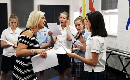 Image:GALLERY: Students embrace the joy of singing