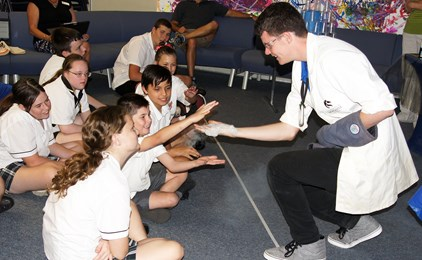 Image:Science show at St Dominic's Centre